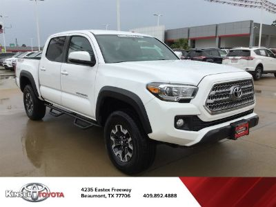 2016 Toyota Tacoma TRD Off Road (Super White)