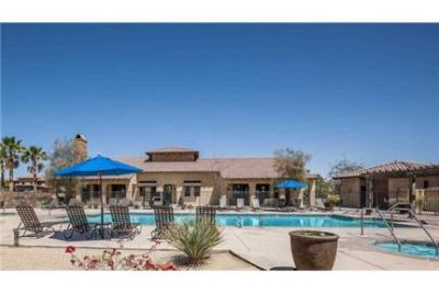 1 bedroom Apartment - Located in one of the most exclusive locations in Palm Desert, California. Sin
