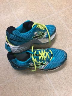 BROOKS Adrenaline GTS 14 Running Shoes Teal Lime Women s Size 8