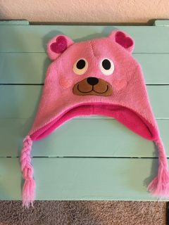 Girls Winter Hat. $2. Great condition! Quick pick up behind YMCA