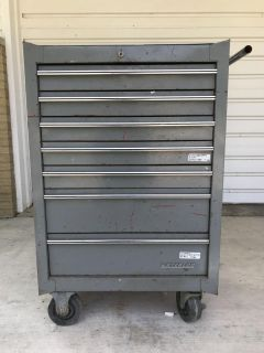 Waterloo Roll around tool chest