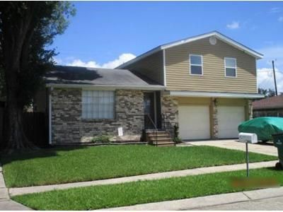 3 Bed 2.5 Bath Foreclosure Property in Marrero, LA 70072 - Dove Ave