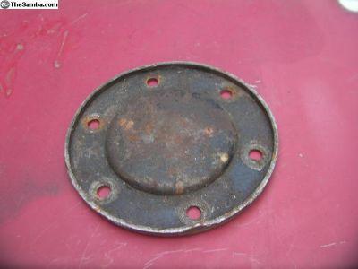 36 HP oil drain cover