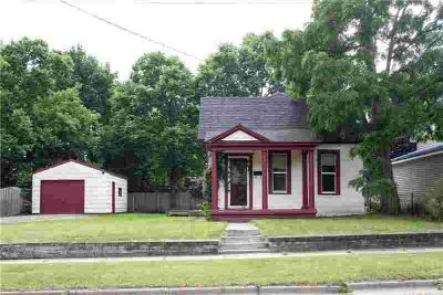 315 Maple Street EAU CLAIRE, Why rent when you can buy?