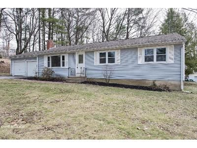 3 Bed 2 Bath Foreclosure Property in Lancaster, MA 01523 - Winsor Rd