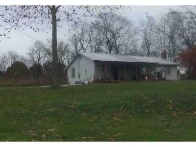 3 Bed 1 Bath Foreclosure Property in Ghent, KY 41045 - Furnish Rd