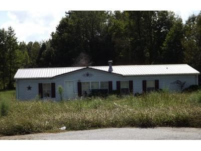 3 Bed 2 Bath Preforeclosure Property in Lexington, NC 27295 - Tancam Dr