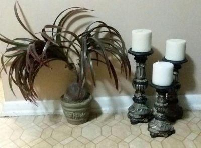 ARTIFICIAL PLANT/ THREE CANDLE HOLDERS......EXCELLENT CONDITION