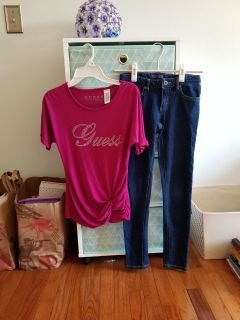 Girls size 10/12 Guess top & Levi's jeans