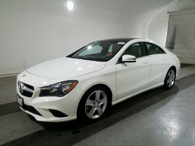 2015 MERCEDES BENZ CLA 250 CLEAN TITLE / CLEAN CARFAX / LIKE NEW
