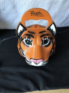 Busch Garden Tiger Meal Pack Container