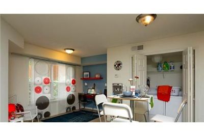 Spacious 1 bedroom, 1 bath. Washer/Dryer Hookups!