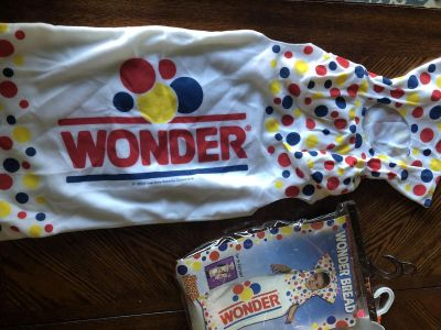 Wonder bread costume, infant 0-9 months, new, smoke free in Darboy and crossposted