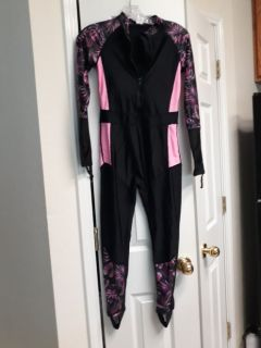 beautiful breathable full body swimsuit; never worn;can't return to China