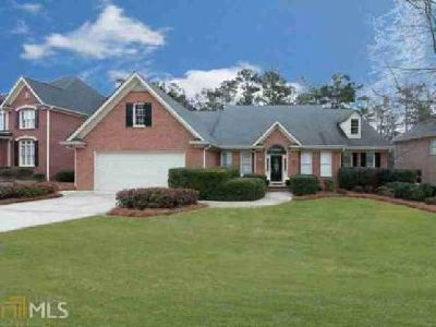 5878 Brookstone Walk Acworth Four BR, Vacation at Home in This