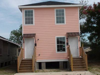 $657 cute duplex (new orleans)