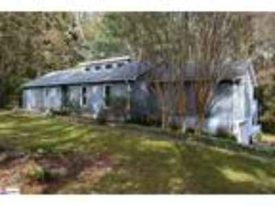 Priced to sell. A great private retreat nestl...