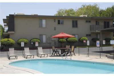 Gated newly remodeled quiet 2 bedroom condo