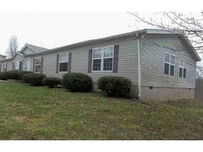 4 Bed 2 Bath Foreclosure Property in Warsaw, KY 41095 - Bevins Ln