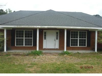 3 Bed 2 Bath Foreclosure Property in Guyton, GA 31312 - Pound Rd