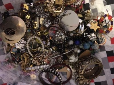 5 pounds of miscellaneous jewelry