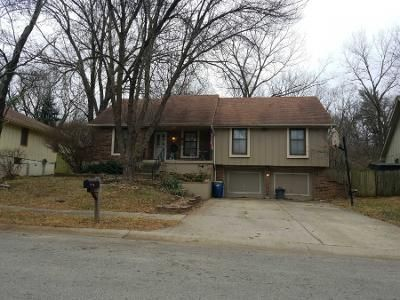 3 Bed 2 Bath Preforeclosure Property in Liberty, MO 64068 - Laurel Ave