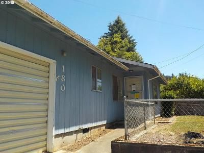2 Bed 1 Bath Foreclosure Property in Coquille, OR 97423 - N Vernon St