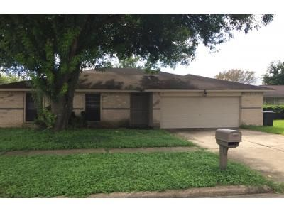 3 Bed Preforeclosure Property in Missouri City, TX 77489 - Bazel Brook Dr