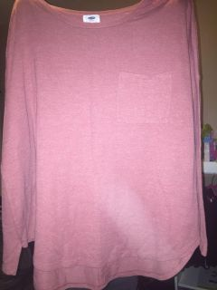 Old navy rose light weight top with pocket