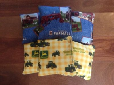 CORNHOLE Bags 4 Farmall IH/ 4 John Deere Corn Filled 15.8-16oz.