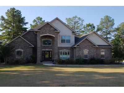 4 Bed 2 Bath Preforeclosure Property in Perry, GA 31069 - Wainscott Ct