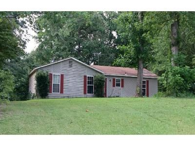 3 Bed 1.0 Bath Preforeclosure Property in Lawrenceville, GA 30046 - Mediterranean Ln