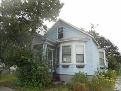 3 Bed 1 Bath Foreclosure Property in Troy, NY 12182 - 6th Ave
