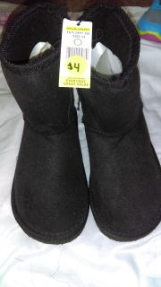 Size 13 Moccasin Boots (Like Uggs)
