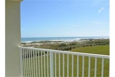 Apartment for rent in Cocoa Beach. Carport parking!