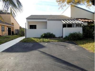 3 Bed 2 Bath Foreclosure Property in Pompano Beach, FL 33063 - NW 1st St