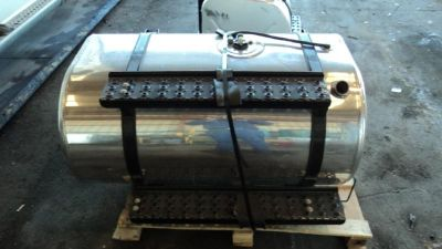 Purchase NEW International 7400, 7500, 7600, 7700 Aluminum Fuel Tank - 889022 motorcycle in Tampa, Florida, US, for US $695.00