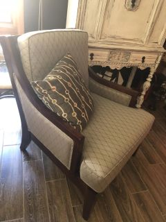 Designer chair. Cross posted. Very cool circle wood back! THIS IS A STEAL!
