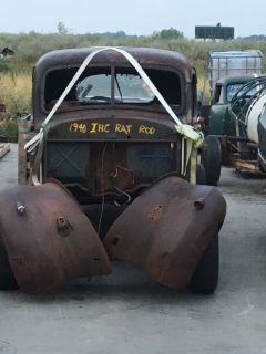1940, 40 International, IHC  1/2 ton pickup ..........RAT ROD. or.  RESTORATION  TITLE is in my name