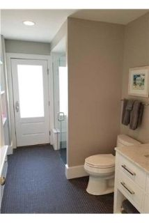 House only for $5,800/mo. You Can Stop Looking Now. Washer/Dryer Hookups!