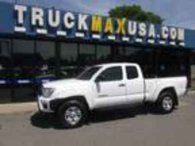 2015 Toyota Tacoma PreRunner SR5 Access Cab White, 1 OWNER, 6 FT BED