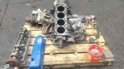 Sell FORD 2.3 TURBOCHARGED ENGINE ALL PARTS IN GOOD CONDITION D8EE BLOCK motorcycle in New Albany, Indiana, United States