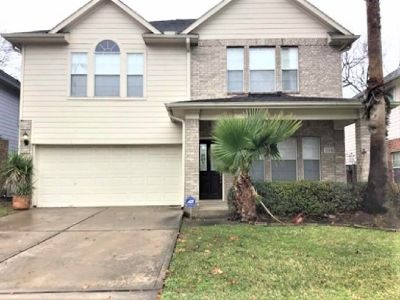 SINGLE FAMILY HOME FOR RENT $900 3 bed 2 bath 2114 Hawks Road Missouri City, TX 77489