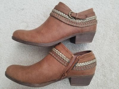"""Womens """"Sugar"""" Ankle Shoes/Boots 7.5"""