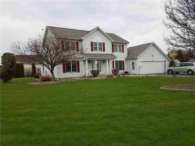 1383 Viking Circle WEBSTER Four BR, Almost 2600 sq ft!