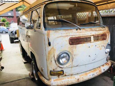 1971 VW Camper Bus
