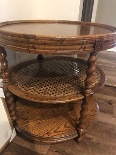 Barely twist side table