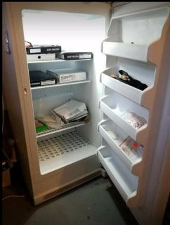 Frigidaire Freezer perfect condition *must pick up