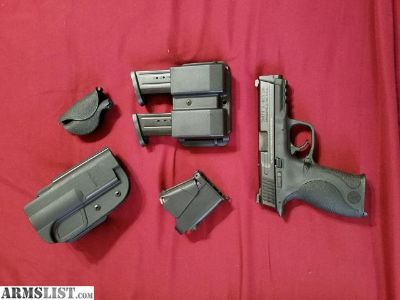 For Sale/Trade: SW M&P 9mm Carry and Range kit