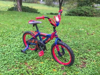 Spider-Man 16 Bike, like NEW condition, asking $45 (on sale for $102 at Kohl s) **READ PICK-UP DETAILS BELOW